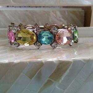 Jewelry - Beautiful Stretch Gemstone Bracelet 💎